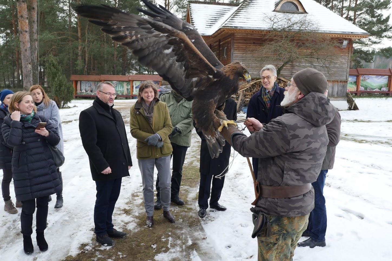 Goście z Brukseli w Sokolarni
